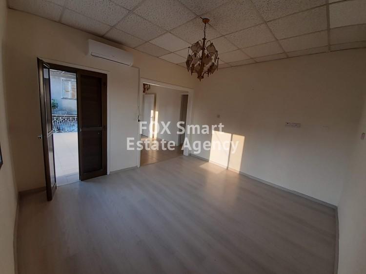For Sale 2 Bedroom Upper floor (2-floor building) House in Agia zoni, Limassol
