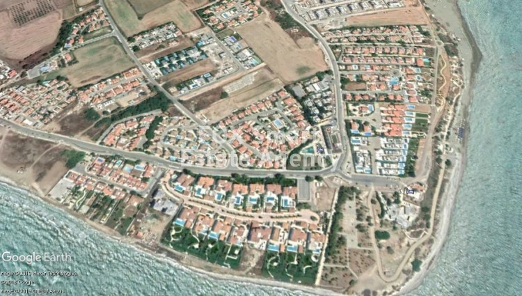 Tourist Land of 3980m² for Sale in Pervolia, Larnaca