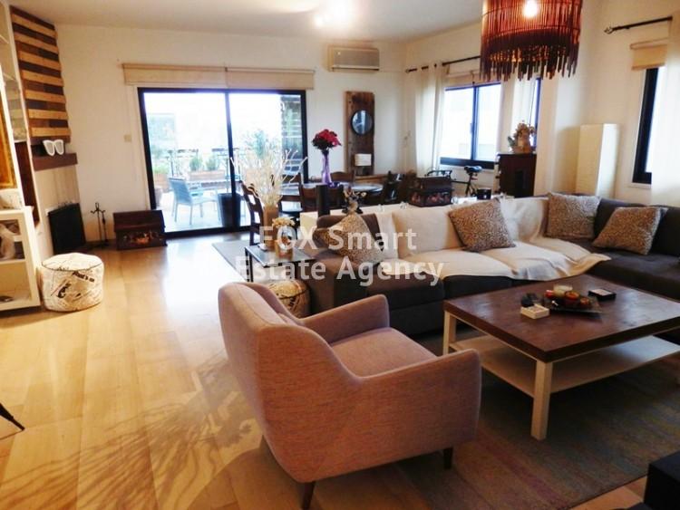 Elegant Modern 3 Bedroom Top floor Apartment in Nicosia Centre