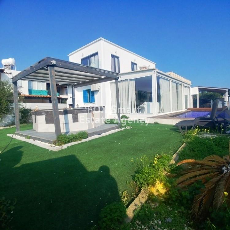 4 Bedroom Unique (Upper & Ground Floor) House for sale in Pervolia Larnaca