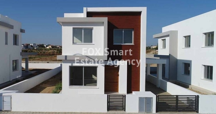 4 Bedroom Luxury Detached House in Laiki Sporting Club Area, Latsia
