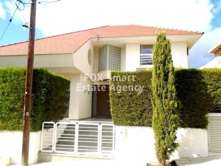 To Rent 5 Bedroom Detached House in Agia filaxi, Agia Fylaxis, Limassol
