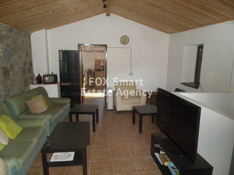 For Sale 2 Bedroom Semi-detached holiday House in Palaichori Oreinis, Nicosia