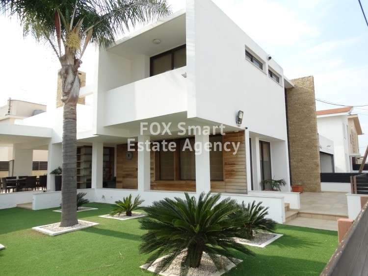 Modern 4 Bedroom Detached House in Vergina