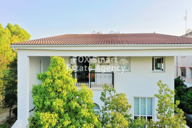 2 Amazing Houses 445sqm total (on 613sqm corner plot - next to park) in Strovolos, Nicosia