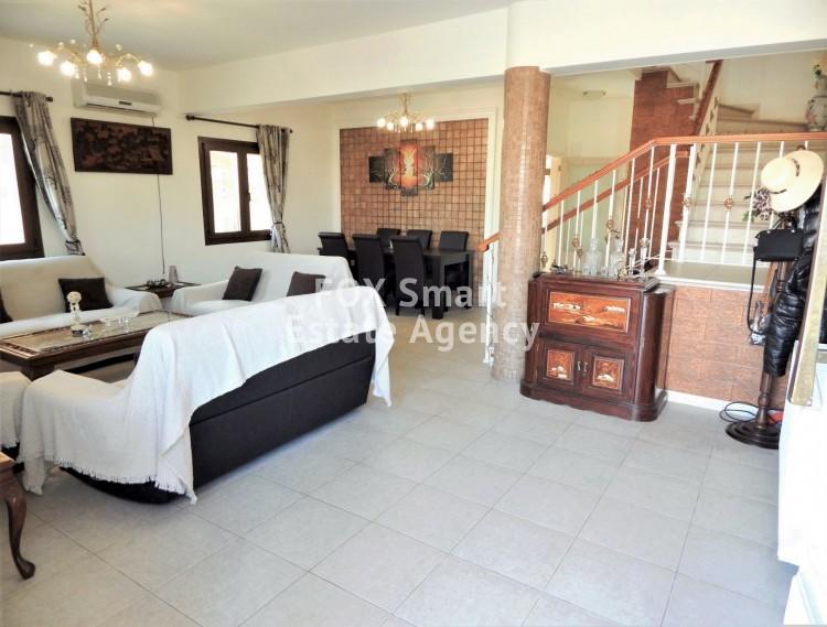 For Sale 3 Bedroom Detached House in Kamares, Larnaca