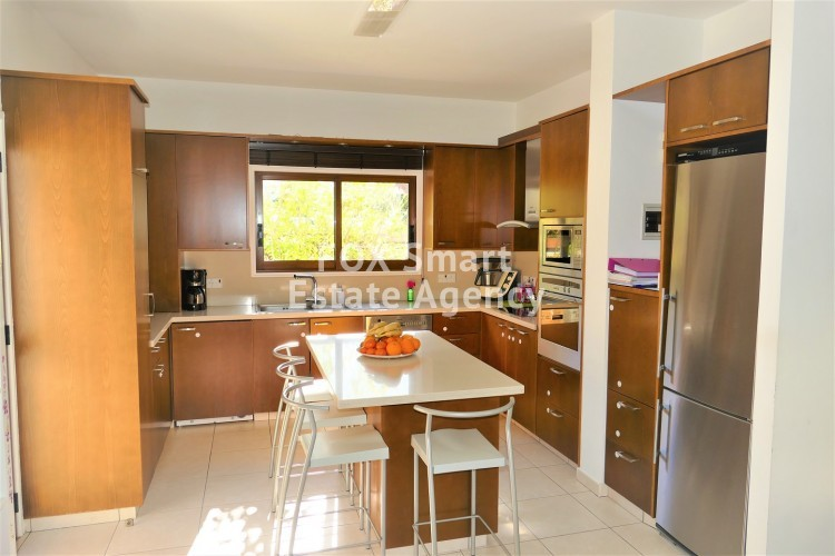 For Sale 4 Bedroom Detached House in Makedonitissa, next to a park in great condition