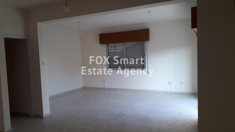 To Rent 3 Bedroom Upper floor (2-floor building) House in Agia zoni, Limassol