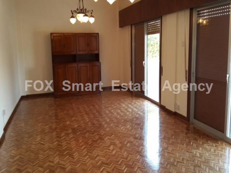To Rent 4 Bedroom Ground floor (2-floor building) House in Artemidos area, Larnaca
