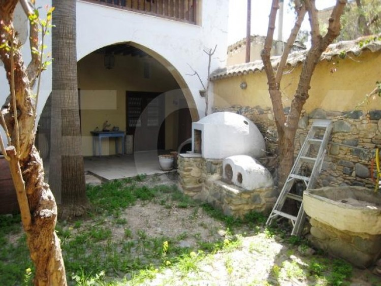 For Rent 5 Bedroom Detached House in Pera Oreinis, Nicosia