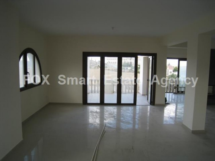 For Rent 6 Bedroom Detached House in Nicosia suburbs, Nicosia