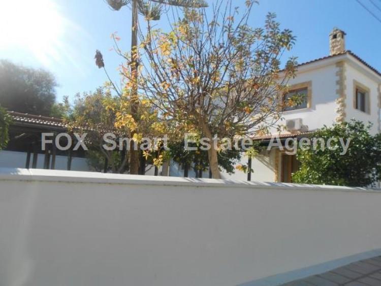 To Rent 5 Bedroom Detached House in Oroklini, Voroklini (oroklini), Larnaca