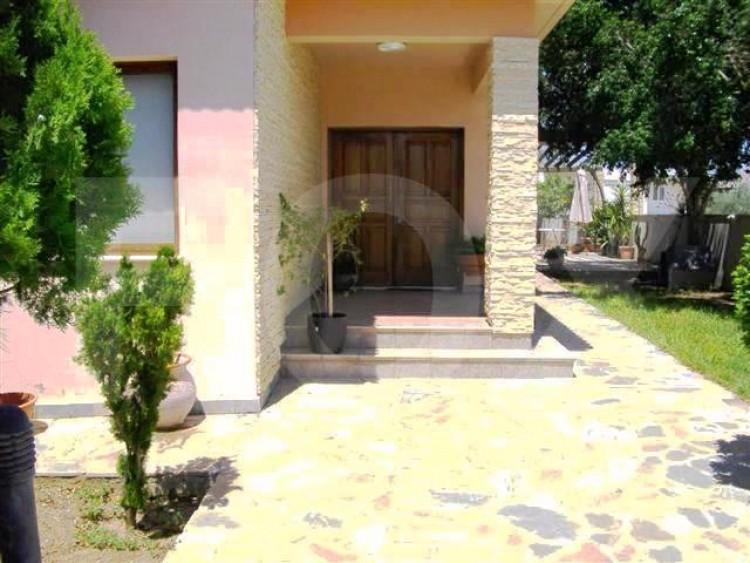 To Rent 4 Bedroom Detached House in Latsia, Nicosia