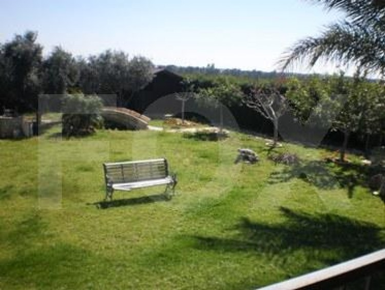 To Rent 4 Bedroom Detached House in Trachoni , Trachoni Lemesou, Limassol