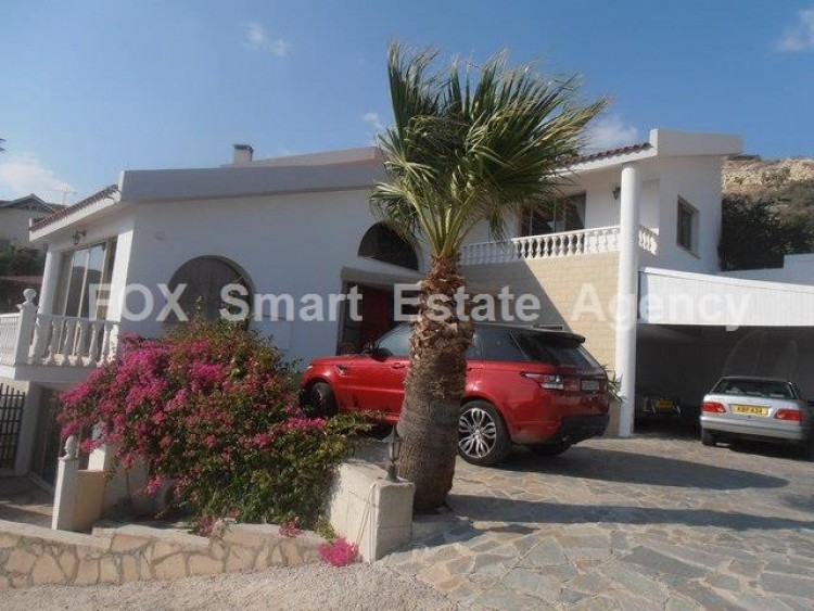 To Rent 4 Bedroom Detached House in Agios tychon, Limassol