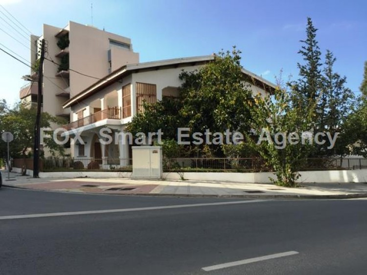 Office in Akropolis, Nicosia