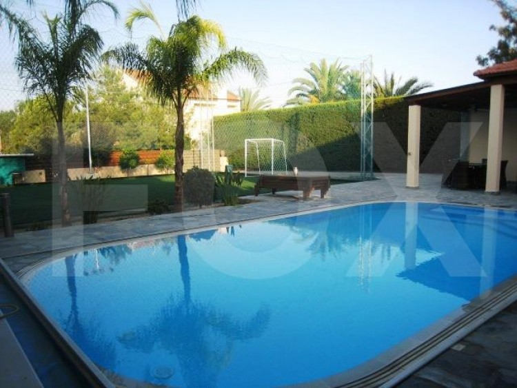 To Rent 4 Bedroom Detached House in Engomi, Nicosia