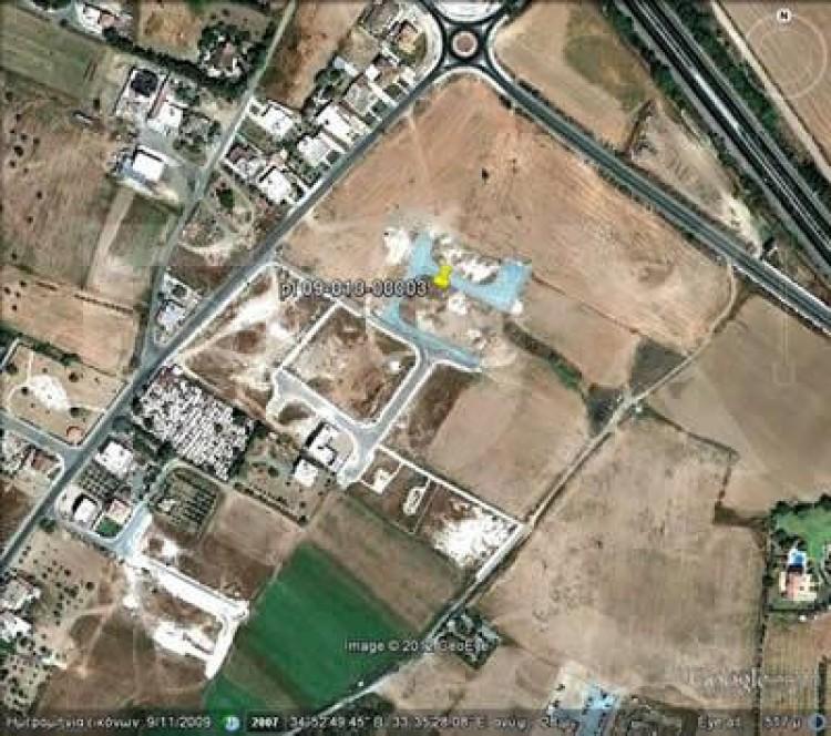 Plot in Dromolaxia, Larnaca