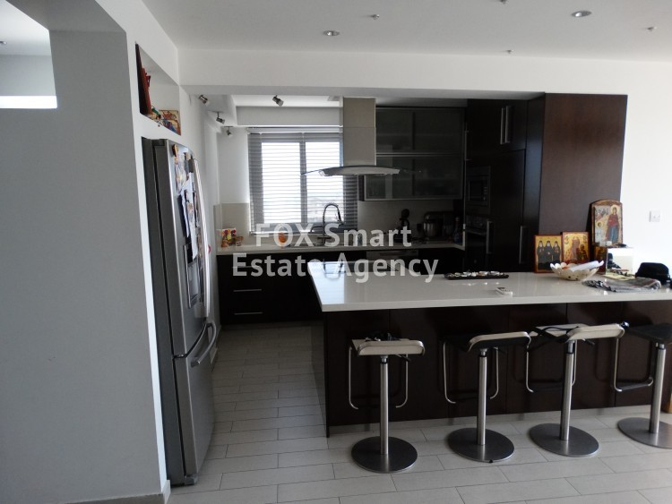 2 Bedroom  Top floor apartment in Livadhia Laraca