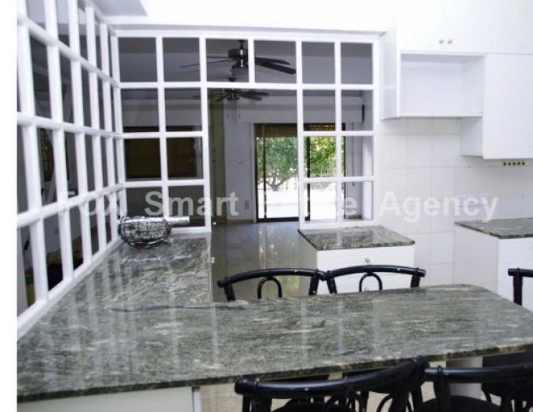 For Sale 3 Bedroom Ground floor Apartment in Akropolis, Nicosia