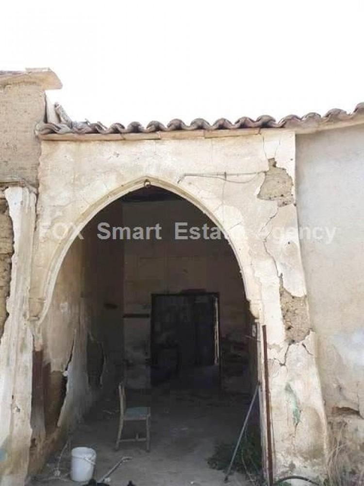 For Sale 2 Bedroom  House in Pallouriotissa, Nicosia