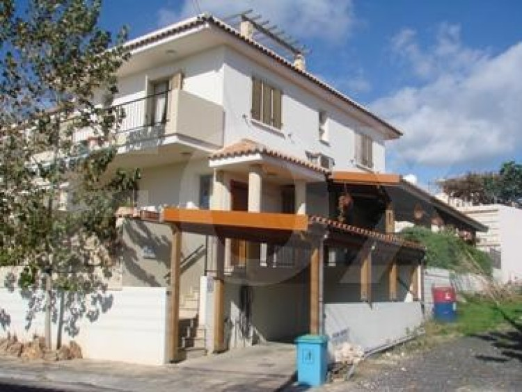 For Sale 4 Bedroom Semi-detached House in Tremithousa, Paphos