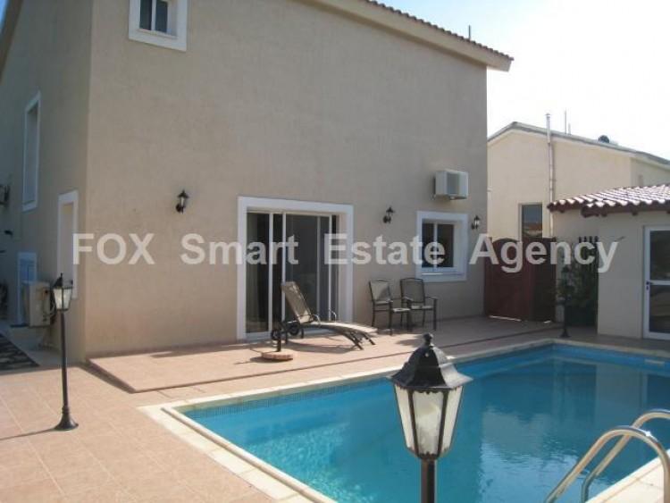 For Sale 3 Bedroom Detached House in Episkopi , Episkopi Lemesou, Limassol