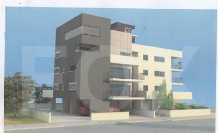 For Sale 4 Bedroom Apartment in Larnaca, Larnaca