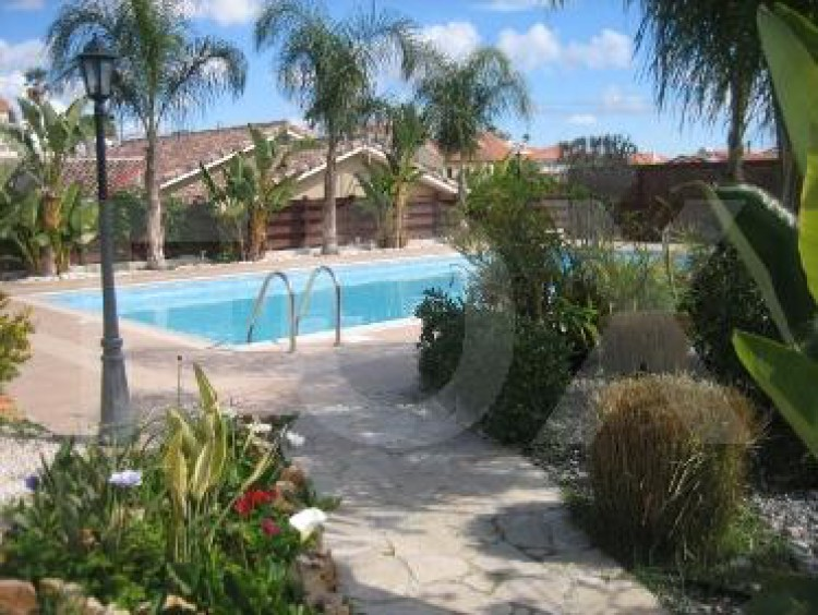 For Sale 3 Bedroom  House in Pyrgos lemesou, Limassol