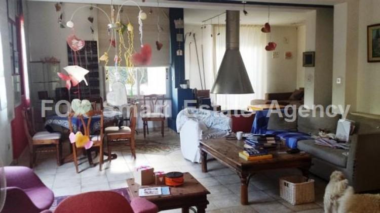 For Sale 5 Bedroom Semi-detached House in Engomi, Nicosia